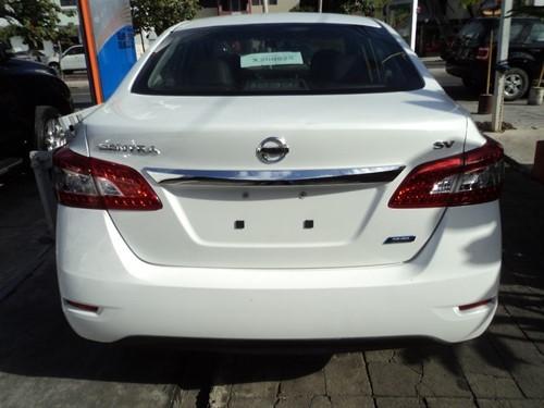 Nissan Sentra Especial edition 2014