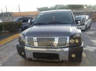 Nissan Titan y 2006