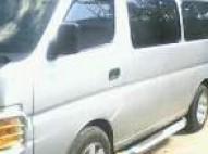 Nissan urvan 2009 gris plata