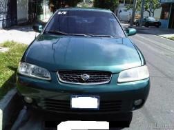 Nissan Altima 2000 carro Económico