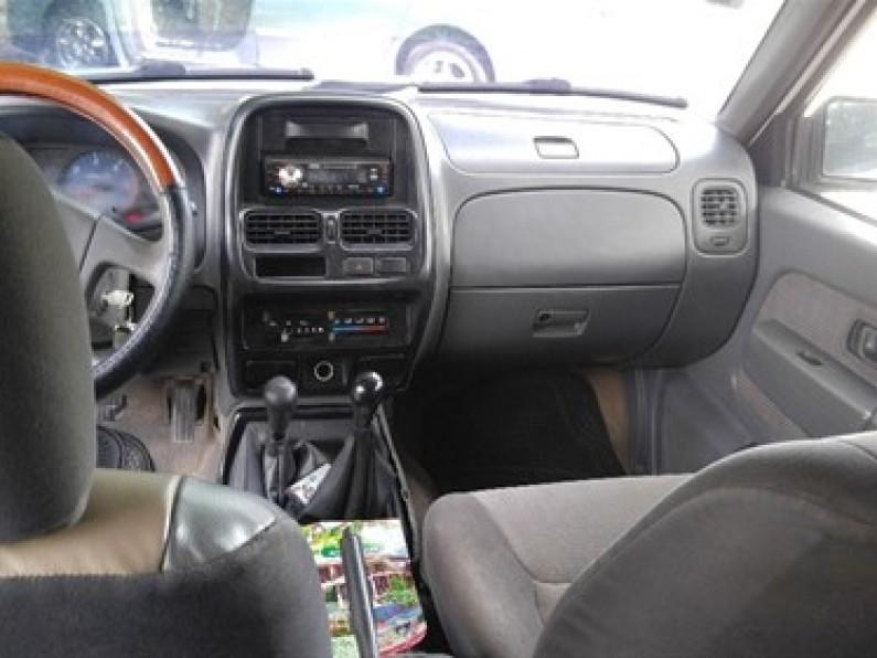 Nissan Cabstar 2003