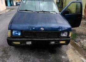 Nissan D21 2000