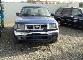 Nissan Frontier D 22 2000