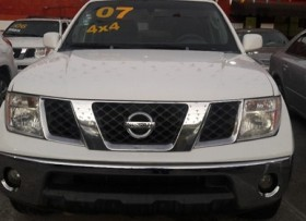 Nissan Frontier LE 2007