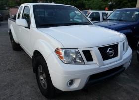 Nissan Frontier SE 2011