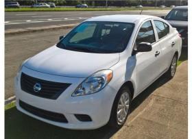 Nissan Versa 2013 Como Nuevo
