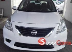 Nissan Versa SL 2014
