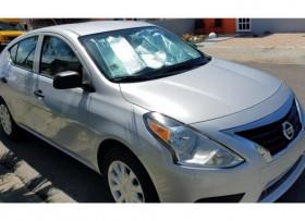 Nissan Versa se vende cuenta
