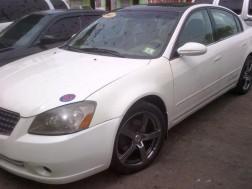 Nissan altima 2005 blanco condiciones full