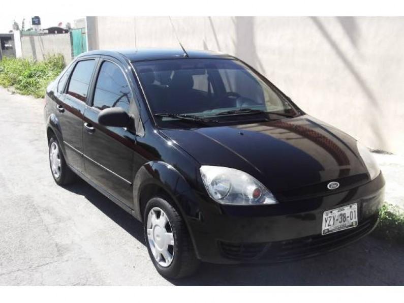 Precioso Ford Fiesta Sedan 2006