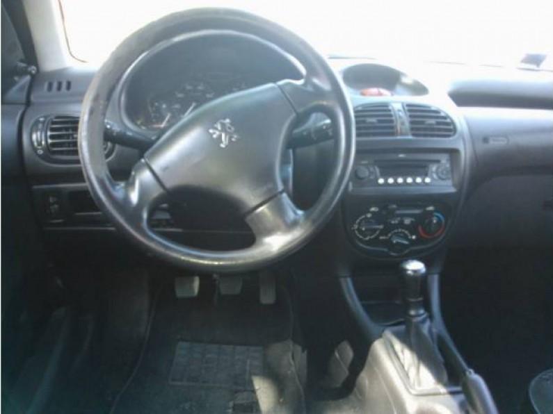 Peugeot 206 dsing motor 16 con quemacocos -09