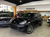 Porsche Cayenne Turbo 2011
