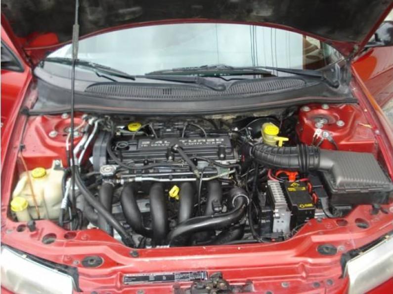 Precioso Dodge Stratus RT 2000 con Autostick