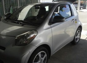 SCION IQ 2012 EXTRA CLEAN