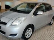 SE VENDE Toyota Vitz 2011 encendido eléctrico