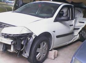 Salvamento Renault megane 2006 chocado