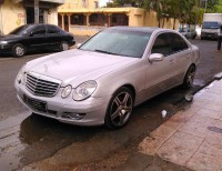 Super carro Mercedes Benz E320 2003 en venta