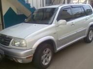 Suzuki grand vitara 2002 blanca