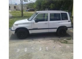 Suzuki vitara del 1996 aut sencilla