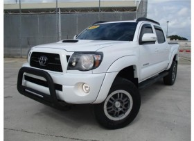 TOYOTA TACOMA TRD SPORT 2011MUCHOS XTRAS