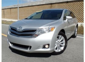 TOYOTA VENZA LE WOW SPORT Y FAMILIAR BELLA