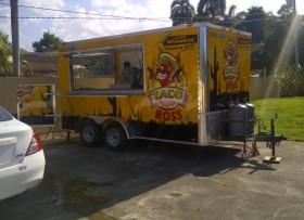 TRAILER de comida EQUIPADO -2013 como NUEVO