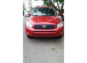 Toyora Rav4 Roja Impecable