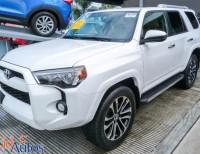 Toyota 4 Runner SR5 2015