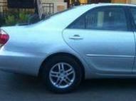 Toyota Camry 2005 LE el balleno griz plateado