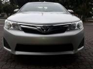 Toyota Camry LE Camara de Reversa Clean Tittle