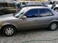 Toyota Corolla 2000 Gas