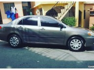 Toyota Corolla 2003 gris