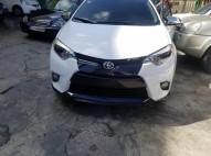 Toyota Corolla 2015 caja nueva