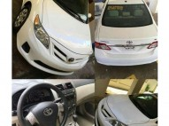 Toyota Corolla LE 2010 Sunroof-Bluetooth