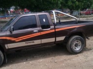 Toyota Hilux 1990 Cabina Y media