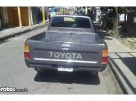 Toyota Hilux 1990 por superacion