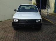 Toyota Hilux 2000 Blanca Cama LargaDiesel