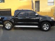 Toyota Hilux 4x4 2006 negra