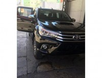 Toyota Hilux Revo negra 2016