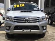 Toyota Hilux SRV 2018 gris