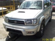 Toyota Hilux Surf  2001 Diesel 4x4 con multi-look