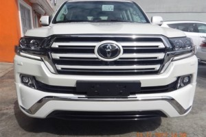 Toyota Land Cruiser VIP 2018