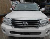 Toyota Land Cruiser VX 2014