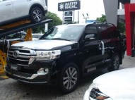 Toyota Land Cruiser VXR 2019