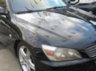 Toyota Lexus 2000 color negro