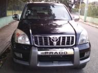 Toyota Prado Negra la FULL