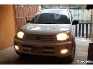 Toyota RAV4 2003 full
