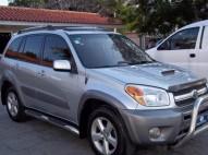 Toyota RAV4 Limited 2004
