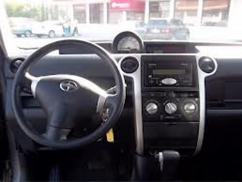 Toyota Scion XB 2005