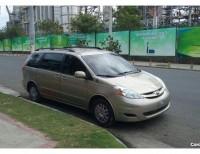 Toyota Sienna CE 2010